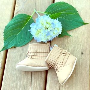 Old Navy Fringe Booties 0-3Mos